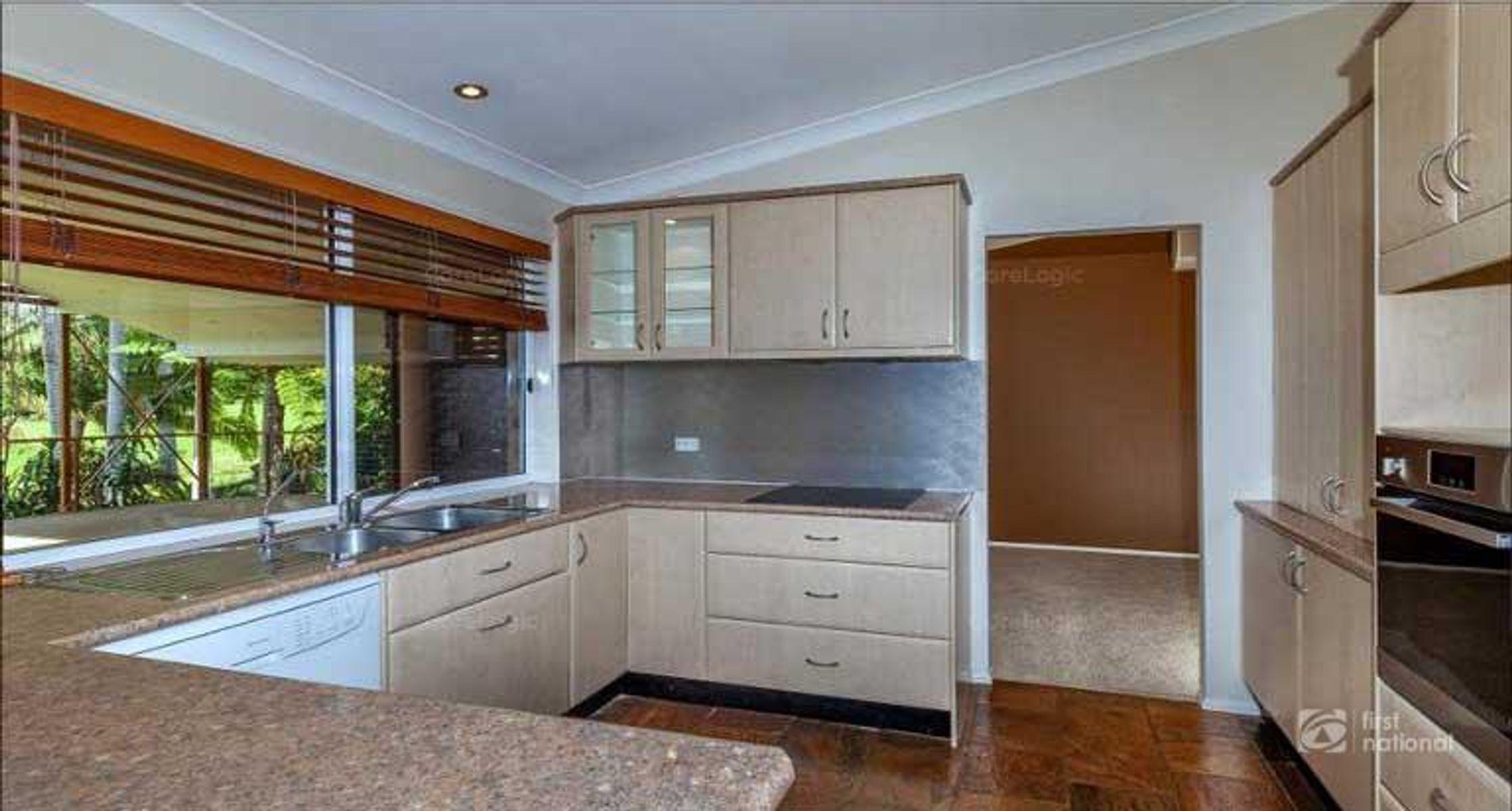 117 Licuala Drive, Tamborine Mountain, QLD 4272