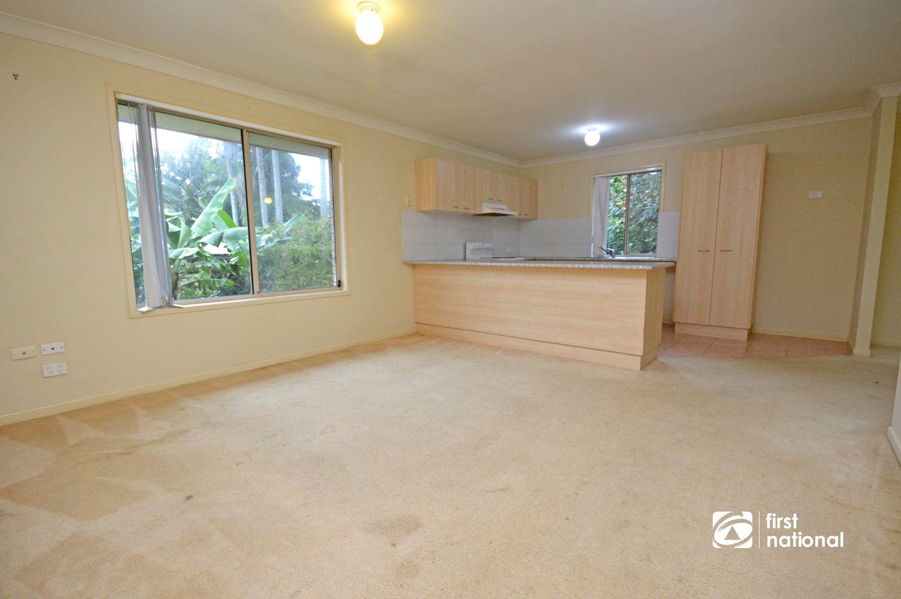 14 Ocean View Pde, Tamborine Mountain, QLD 4272