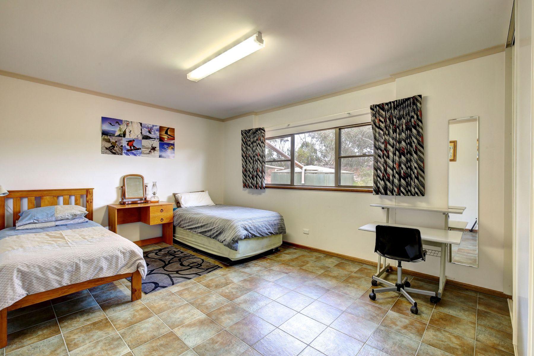 131 Mitchell Avenue, Murray Bridge, SA 5253