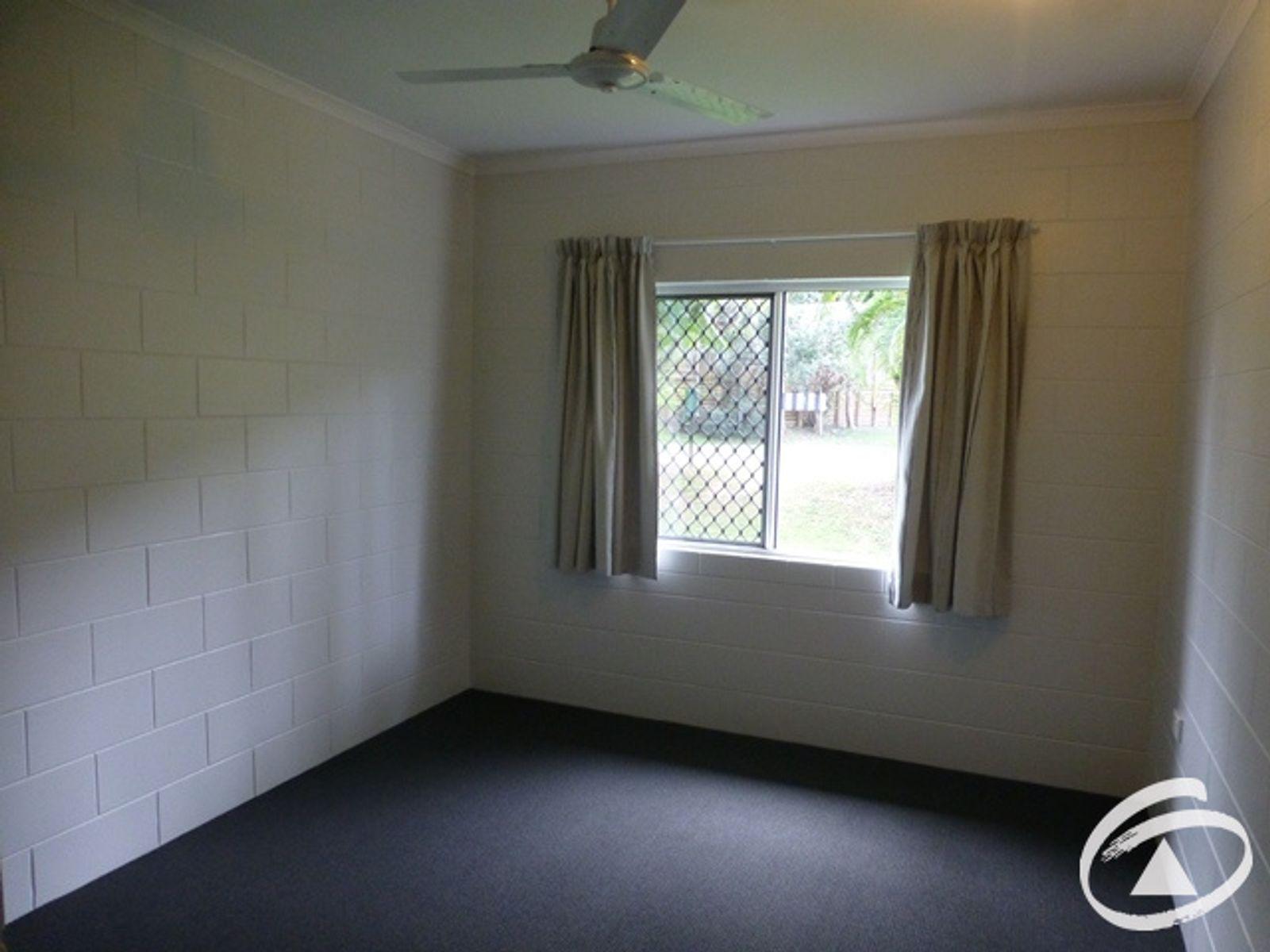 21 Butland Street, Brinsmead, QLD 4870