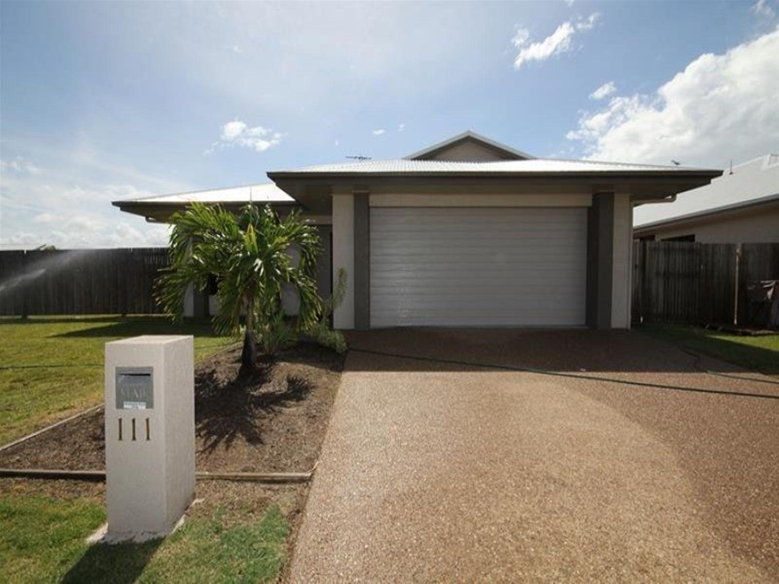 111 Daintree Drive, Bushland Beach, QLD 4818