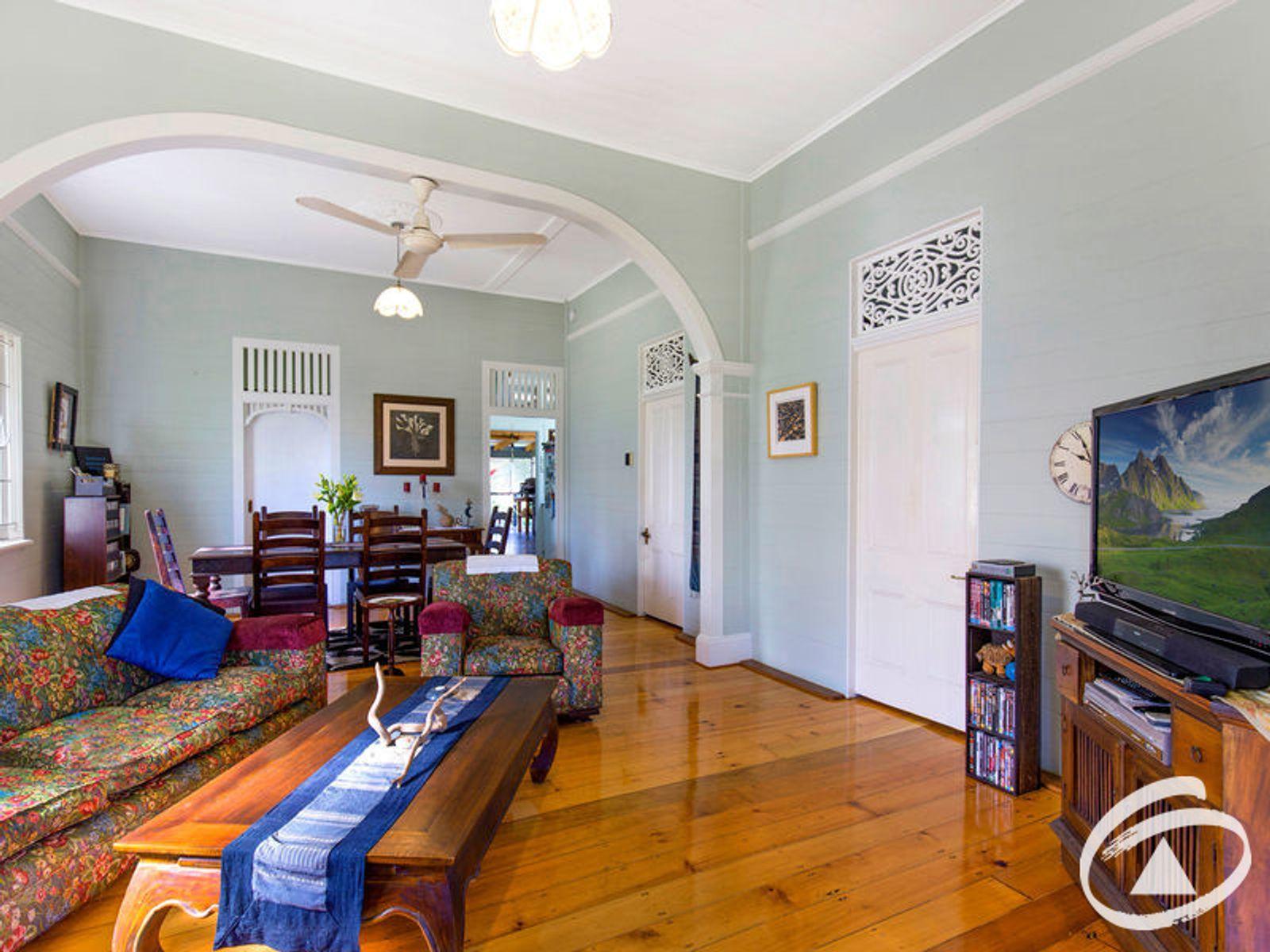 53 Moody Street, Mooroobool, QLD 4870