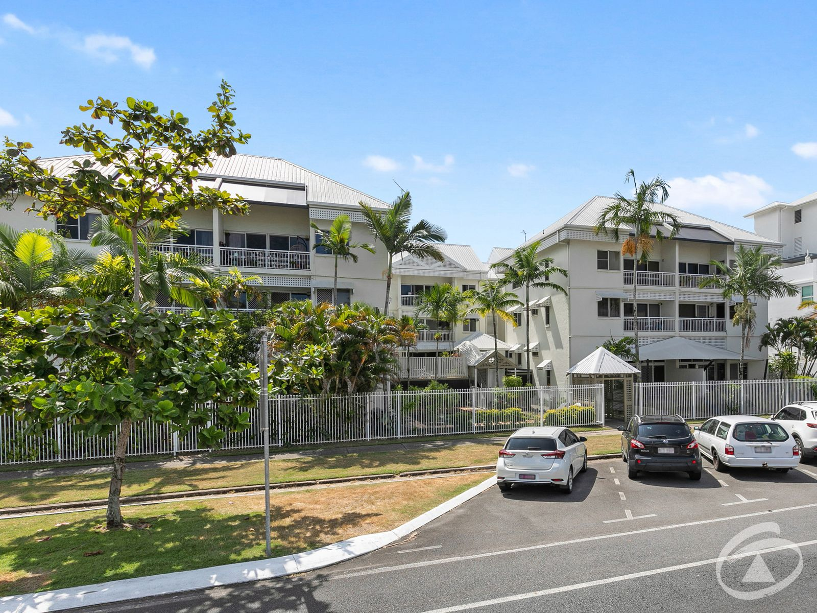 11/14 Upward Street, Cairns North, QLD 4870