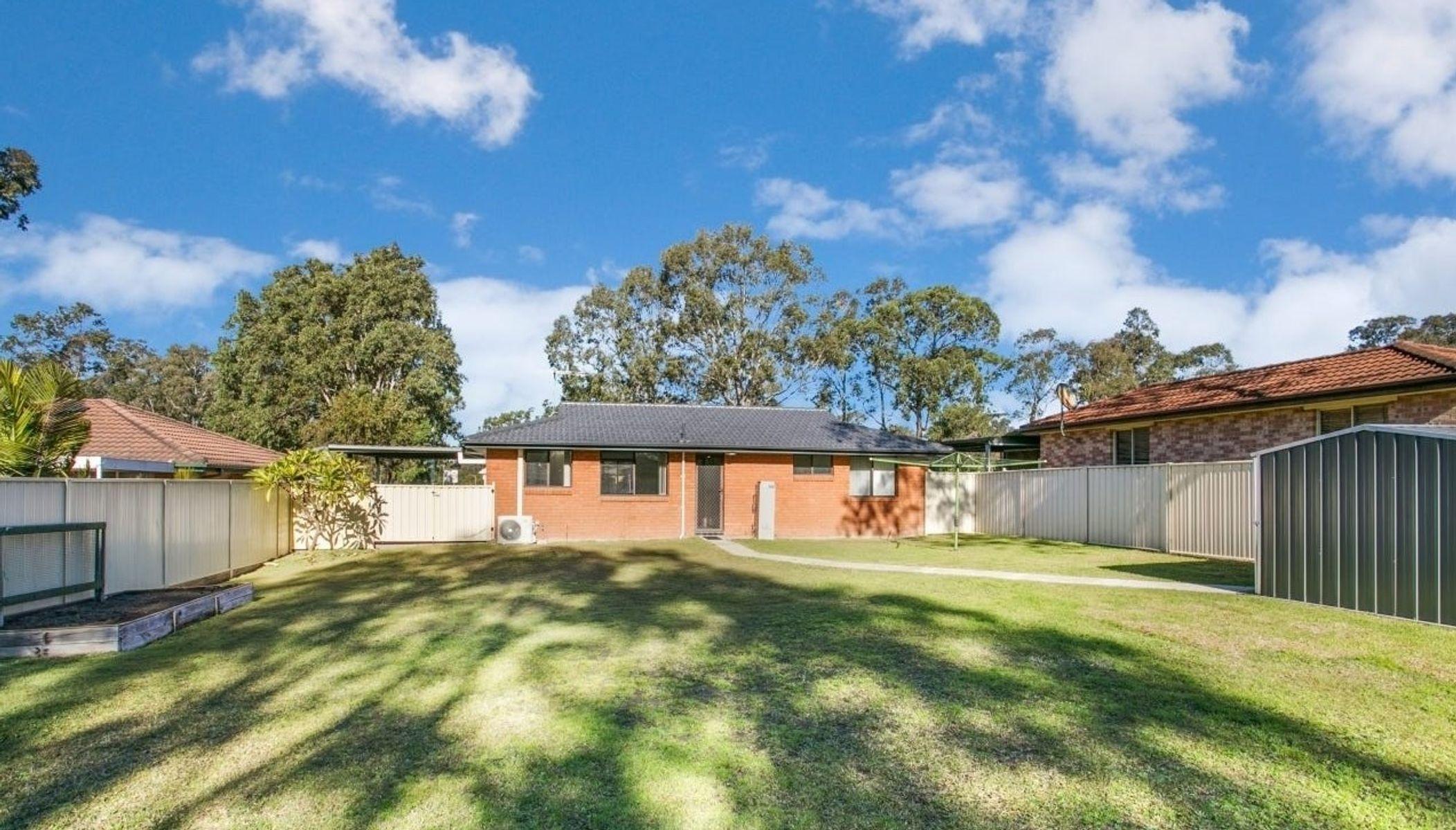 102 Chelmsford Drive, Metford, NSW 2323
