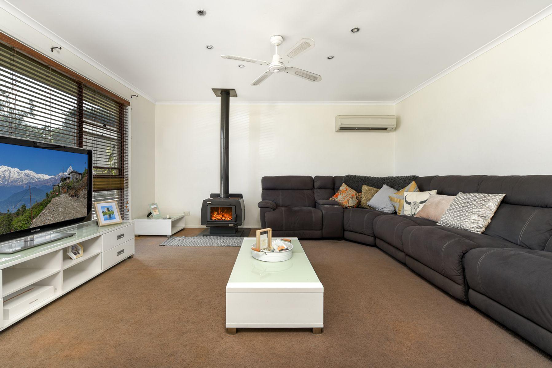 5 Malbec Place, Eschol Park, NSW 2558