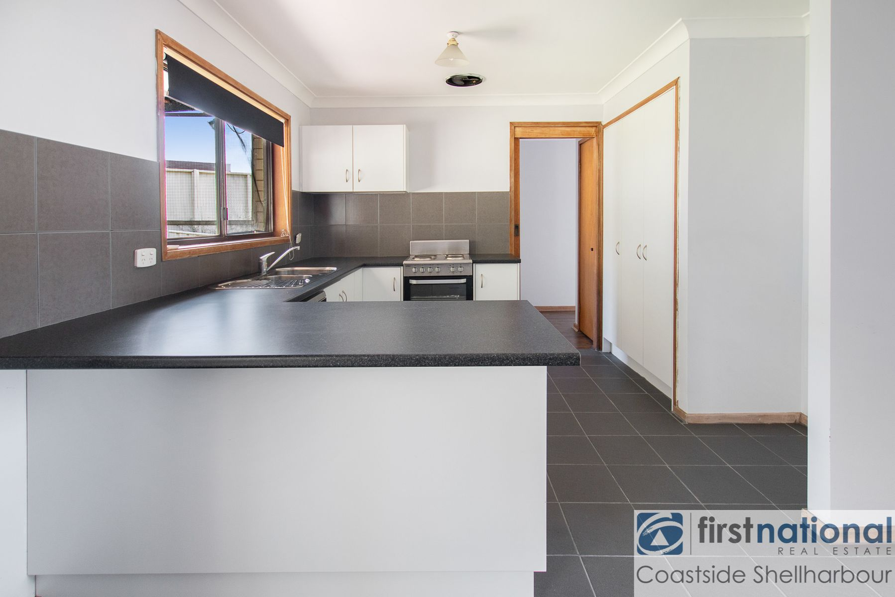 18 Fern Tree Place, Barrack Heights, NSW 2528