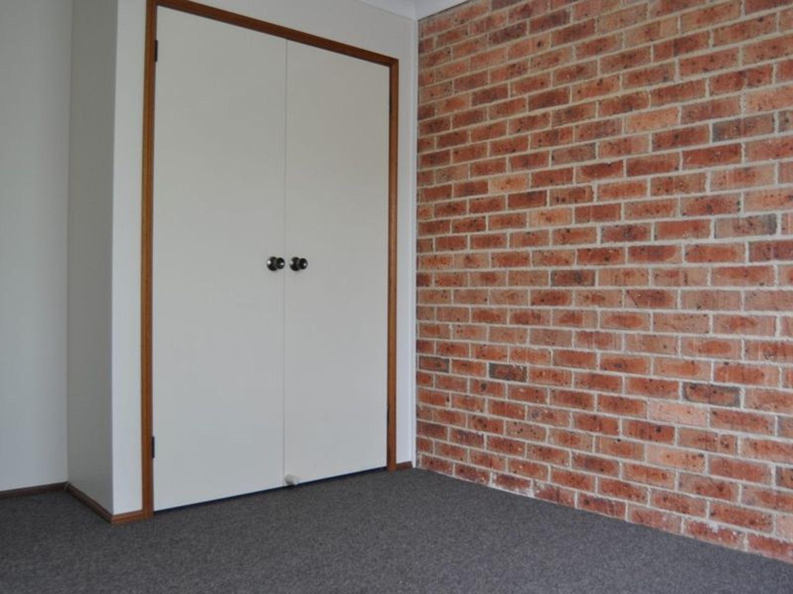 2/210 Havannah Street, Bathurst, NSW 2795