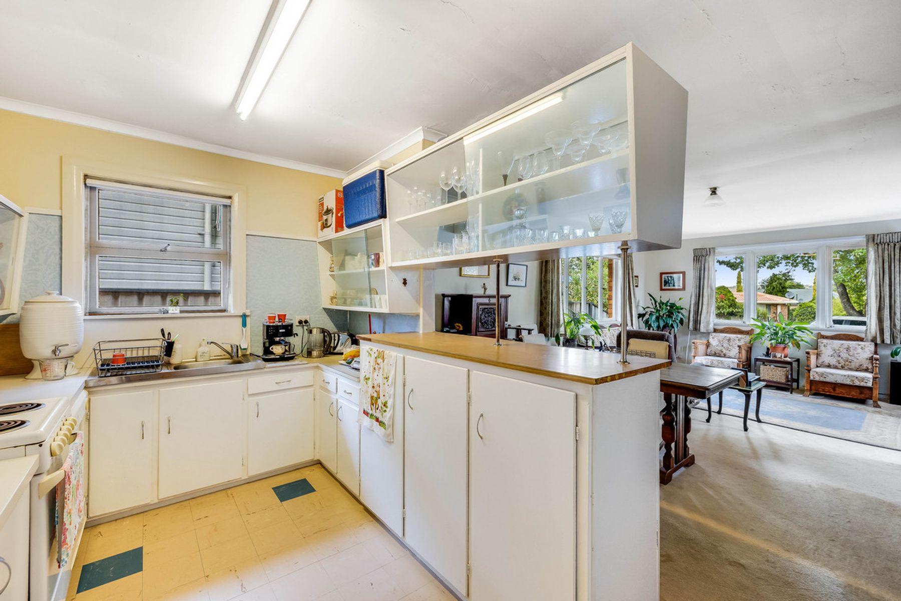 31 Plant Street, East Toowoomba, QLD 4350