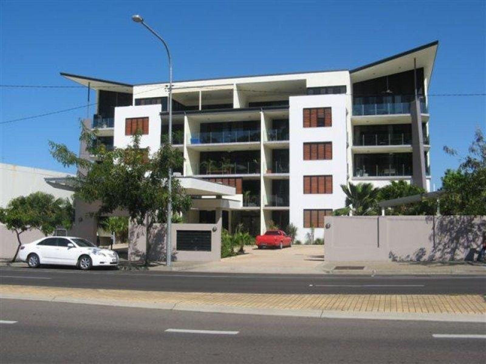 222/330 Sturt Street, Townsville City, QLD 4810