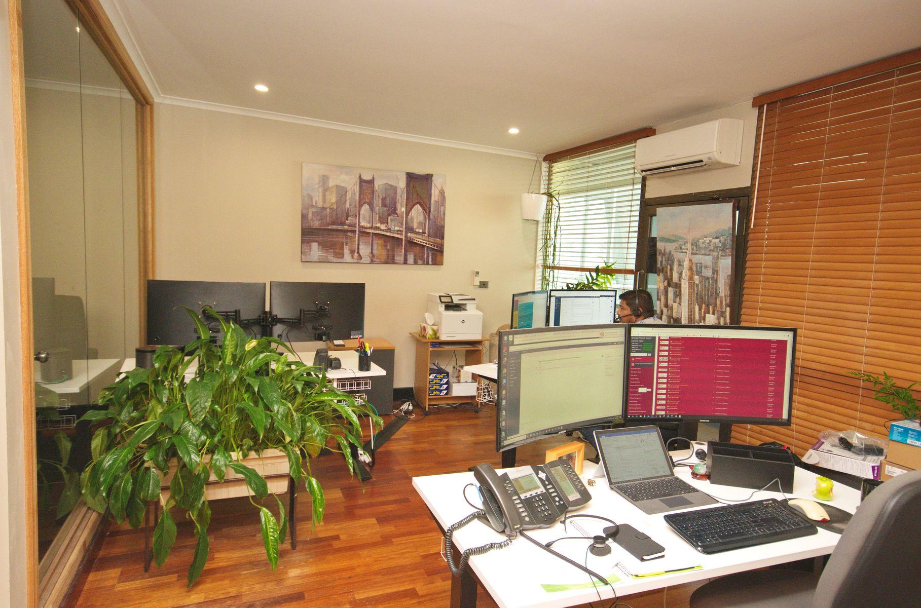 27 & 28/21-25 Lake Street, Cairns City, QLD 4870