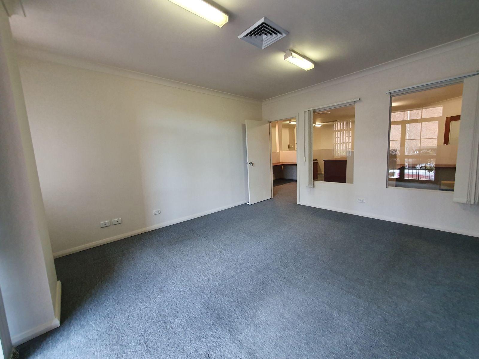 92 Bathurst Street, Liverpool, NSW 2170