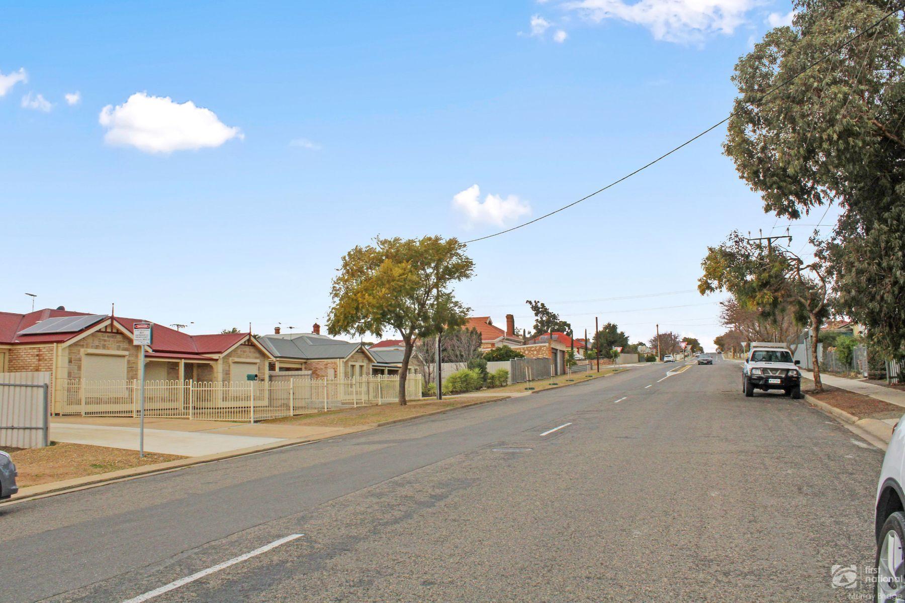 52 Charles Street, Murray Bridge, SA 5253