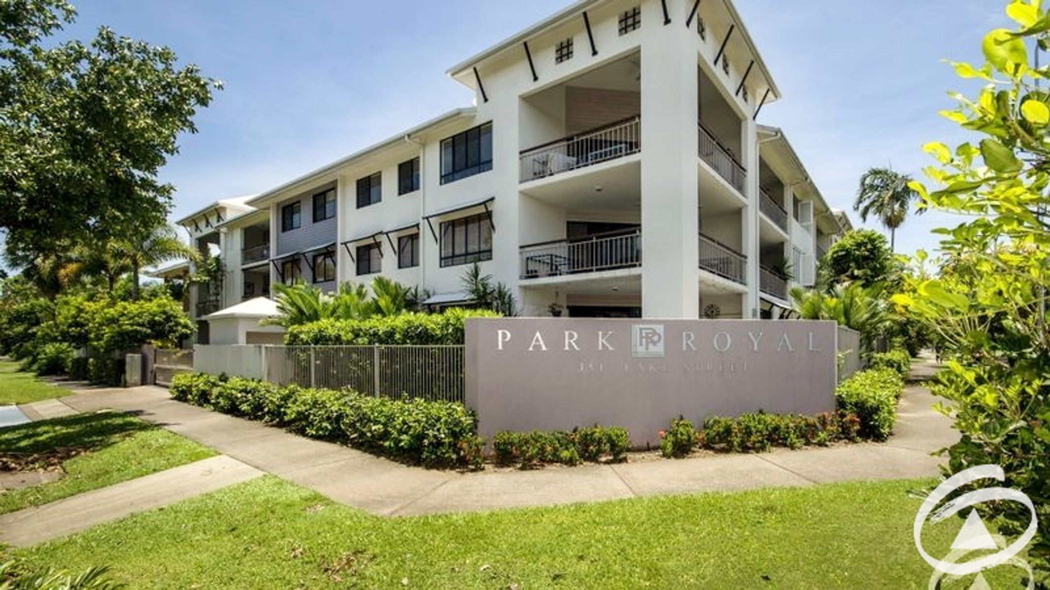 6/351 Lake Street, Cairns North, QLD 4870