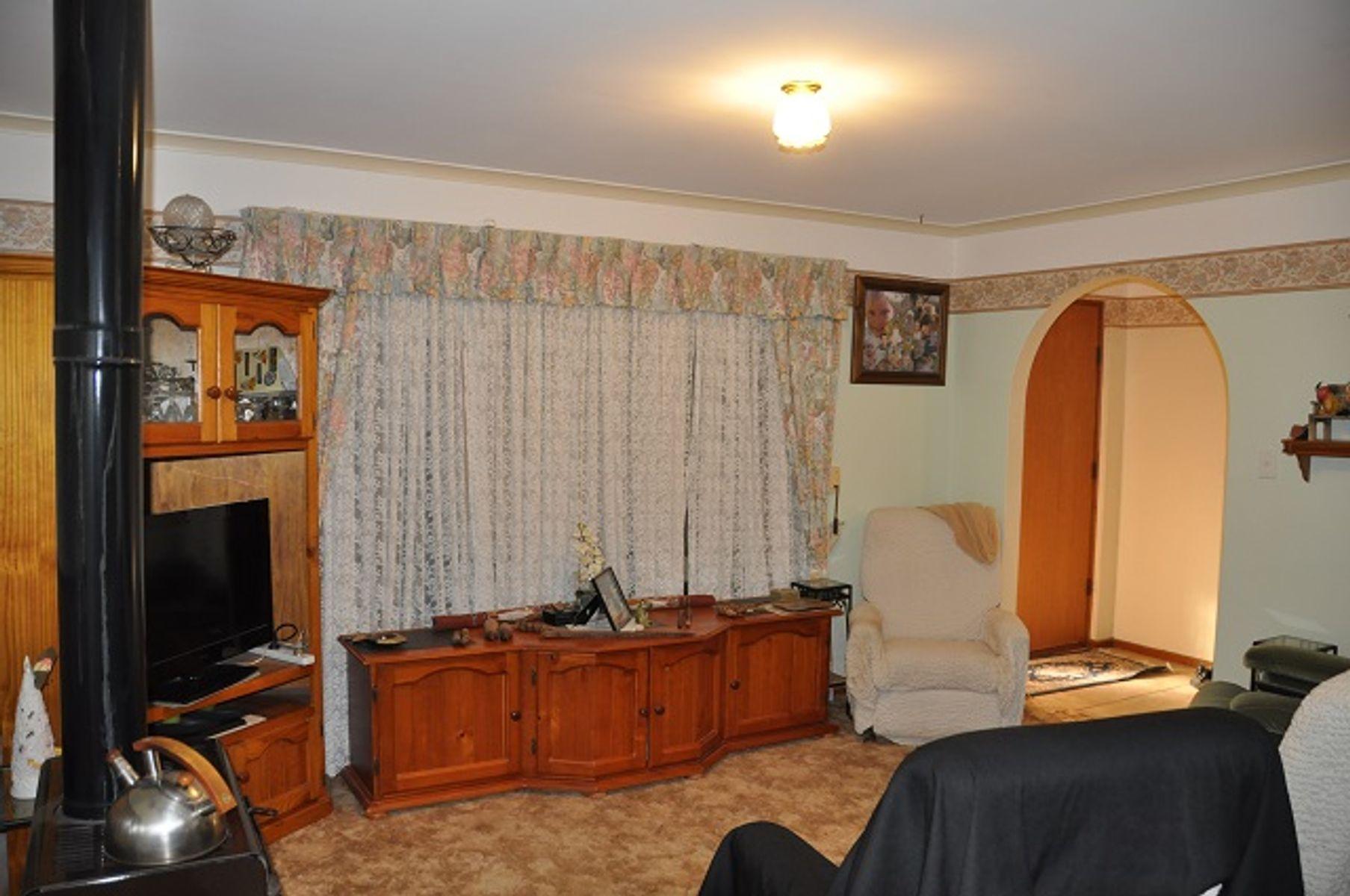 9 Egerton Street, Blanchetown, SA 5357