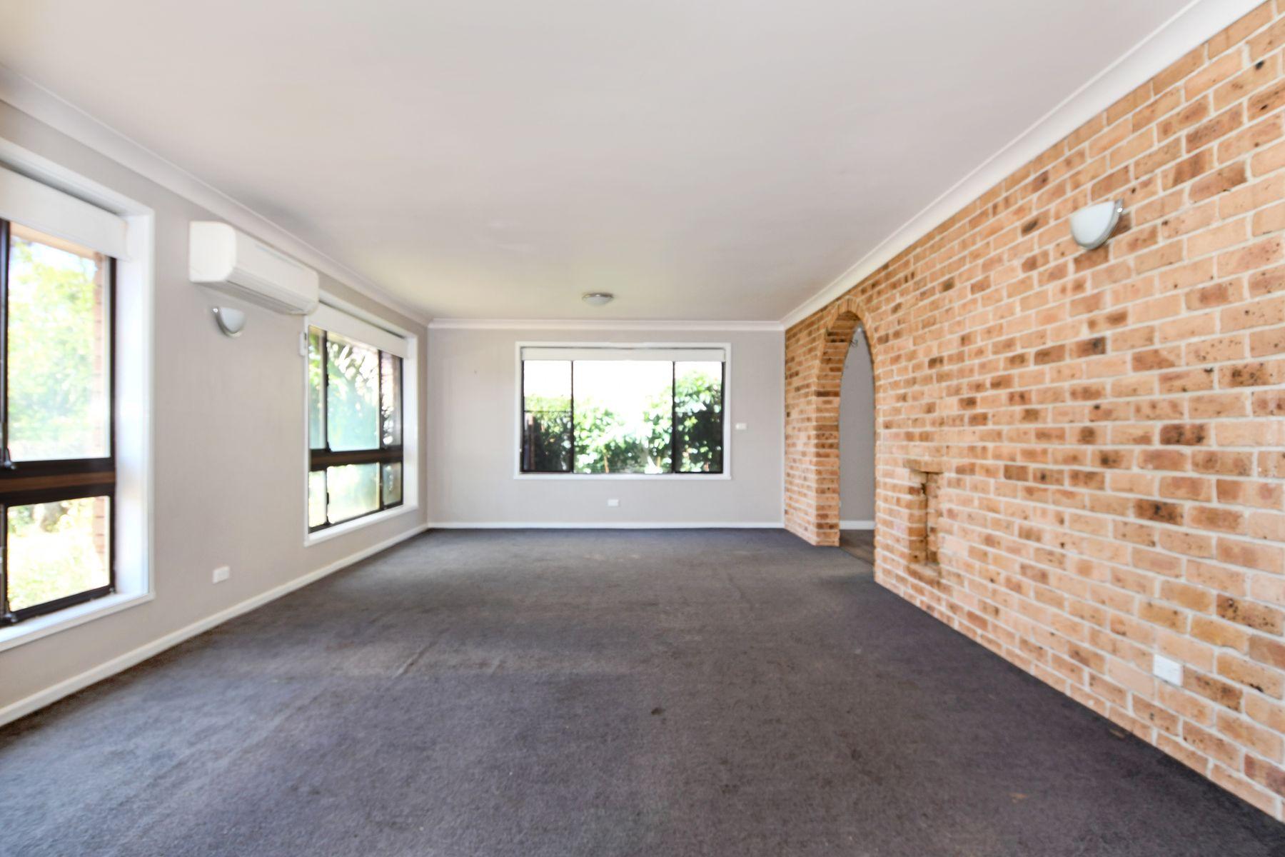 16 Cangoura Street, Windradyne, NSW 2795