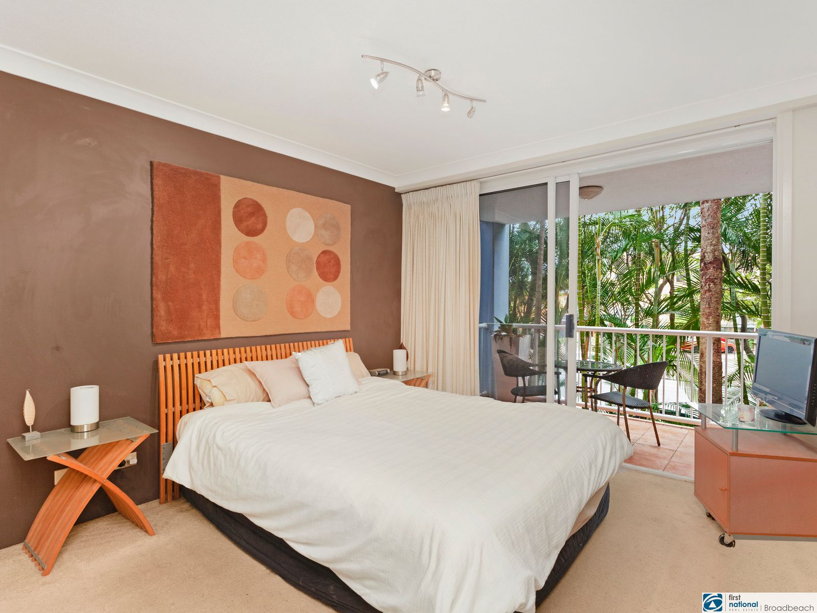 1014/2623 - 2633 Gold Coast Highway, Broadbeach, QLD 4218