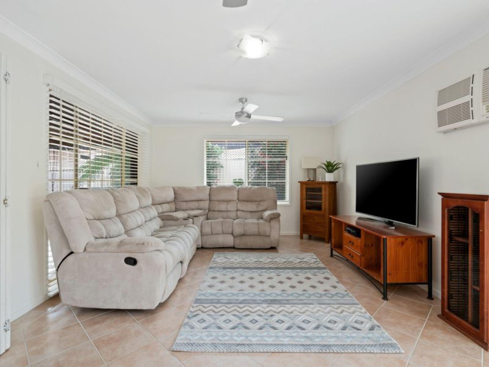 30 Heritage Dr, Kanwal, NSW 2259