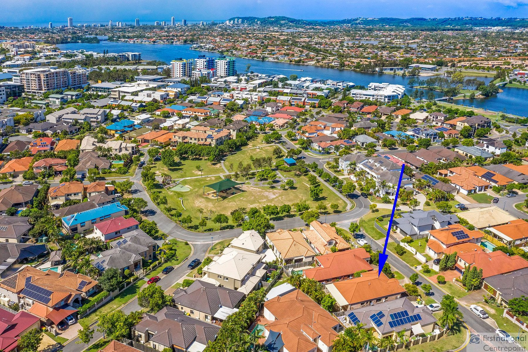 5 Magenta Drive, Varsity Lakes, QLD 4227