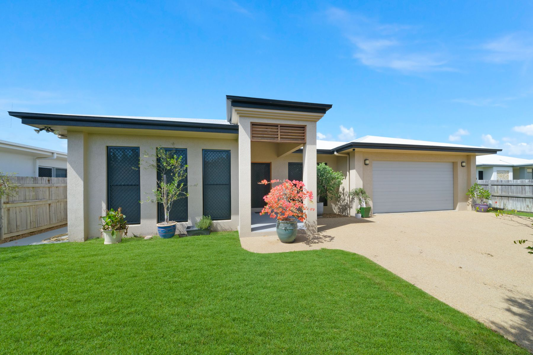 17 Broadwater Terrace, Idalia, QLD 4811