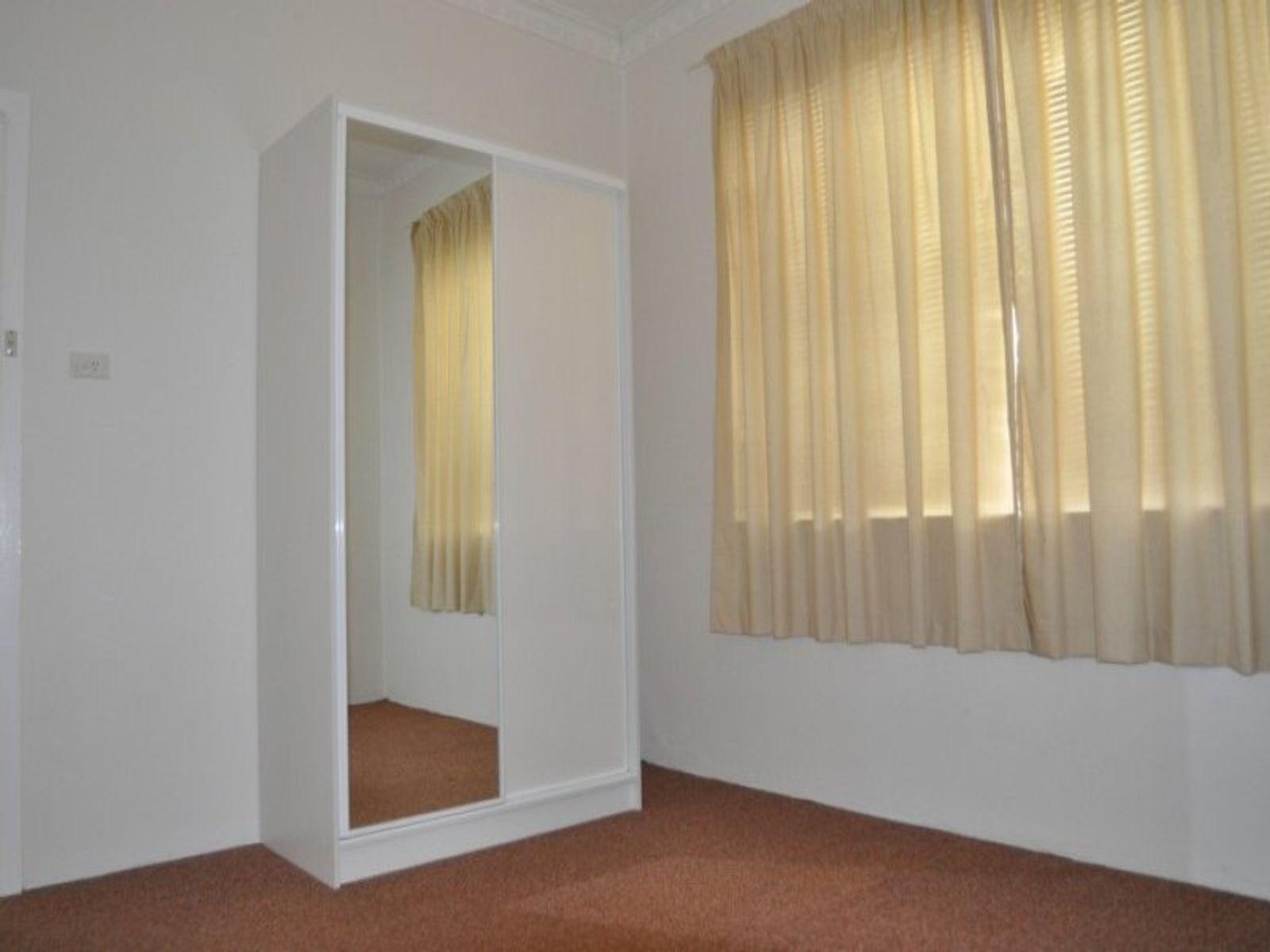 1/149 Seymour Street, Bathurst, NSW 2795