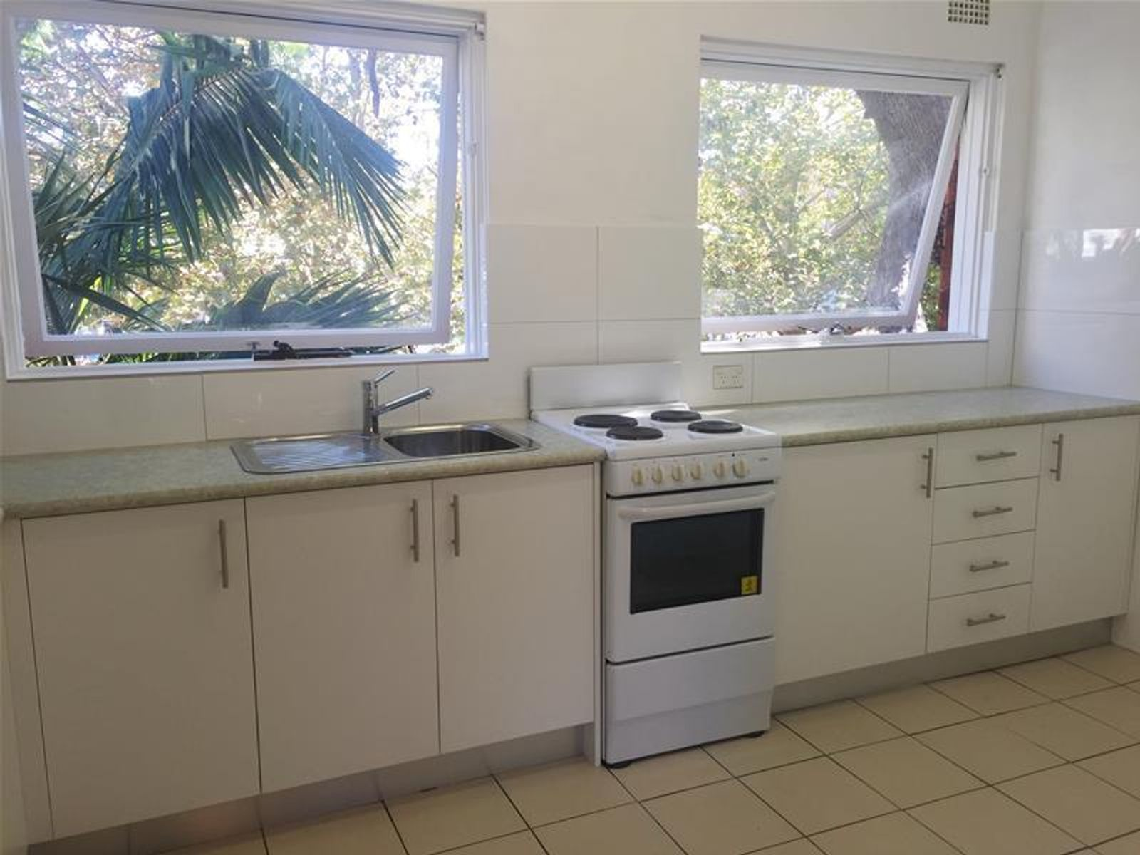 8/14 Pacific Parade, Dee Why, NSW 2099