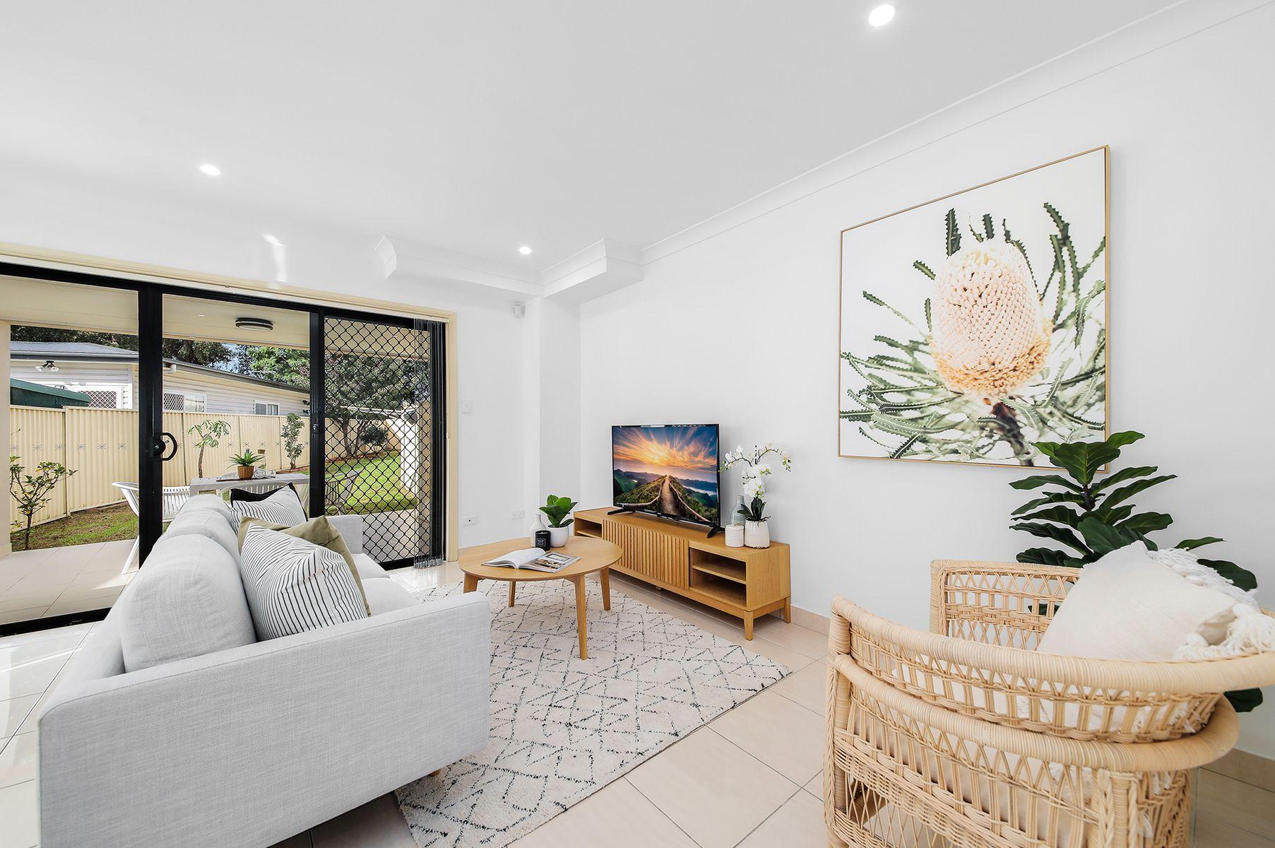 10 Sandra Avenue, Panania, NSW 2213