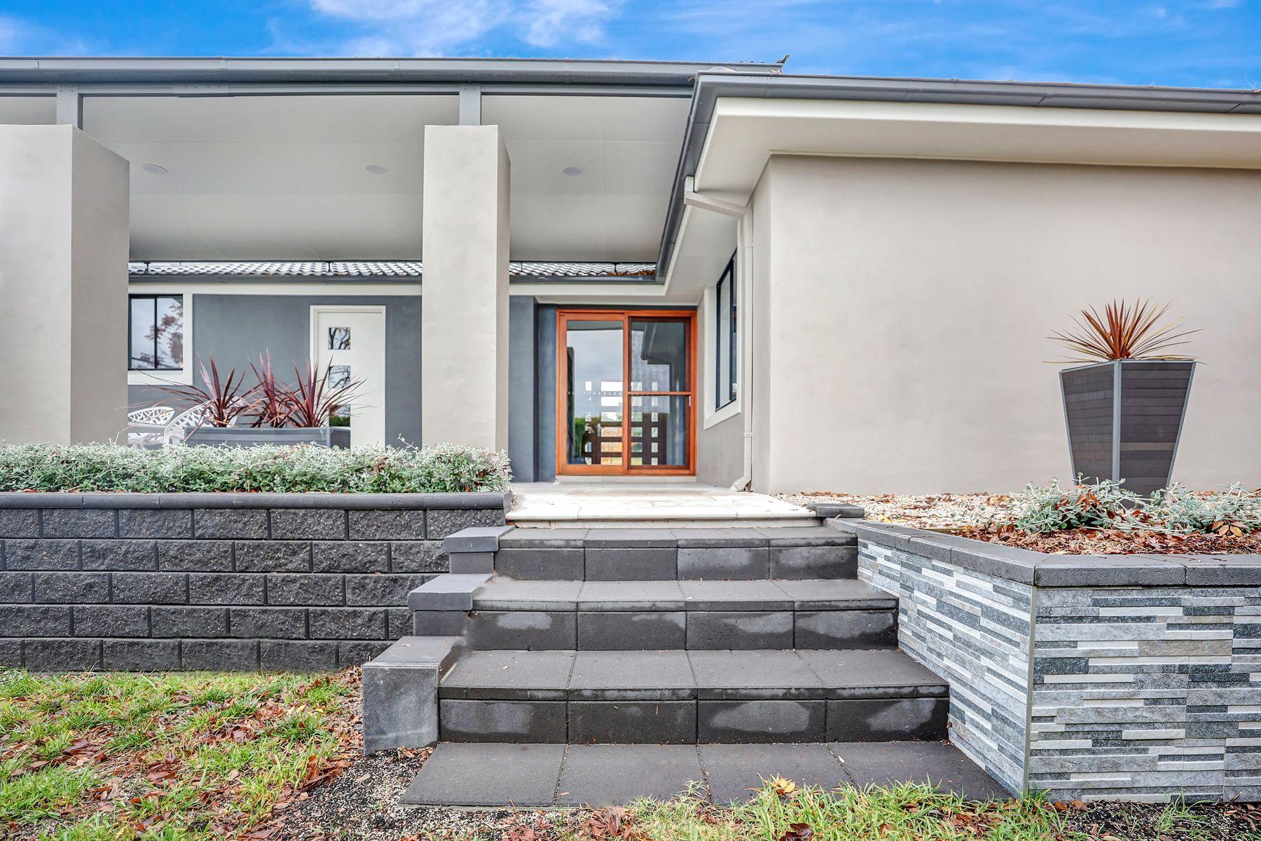 8 Pellion Place, Windradyne, NSW 2795