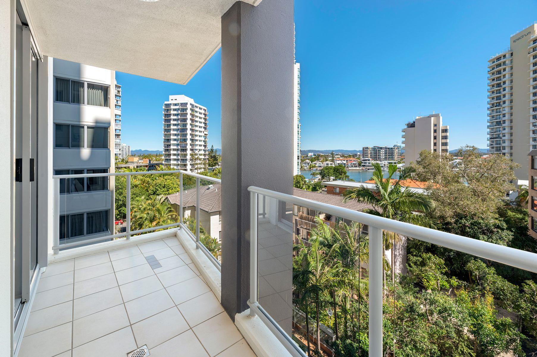 366/21 Cypress Avenue, Surfers Paradise, QLD 4217
