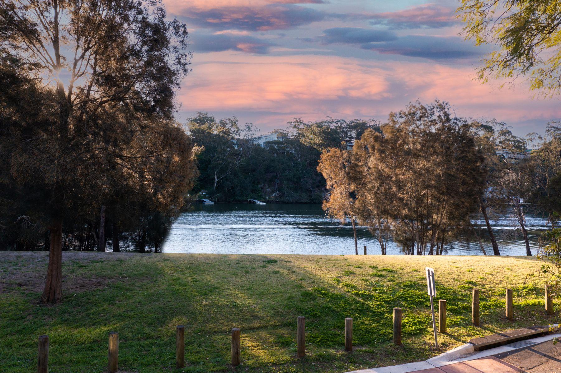 75 Carinya Road, Picnic Point, NSW 2213