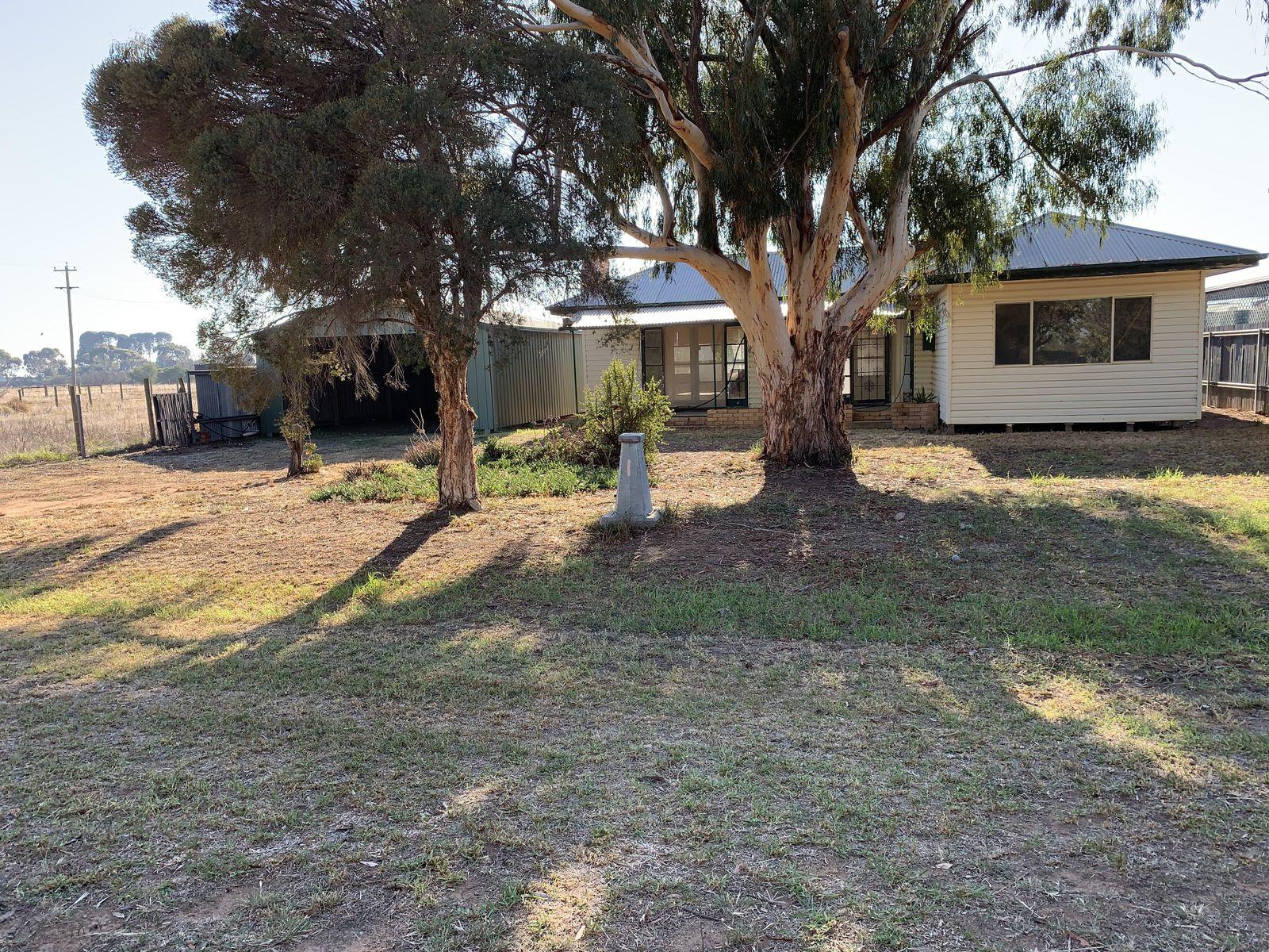 27 Koala Street, Wakool, NSW 2710