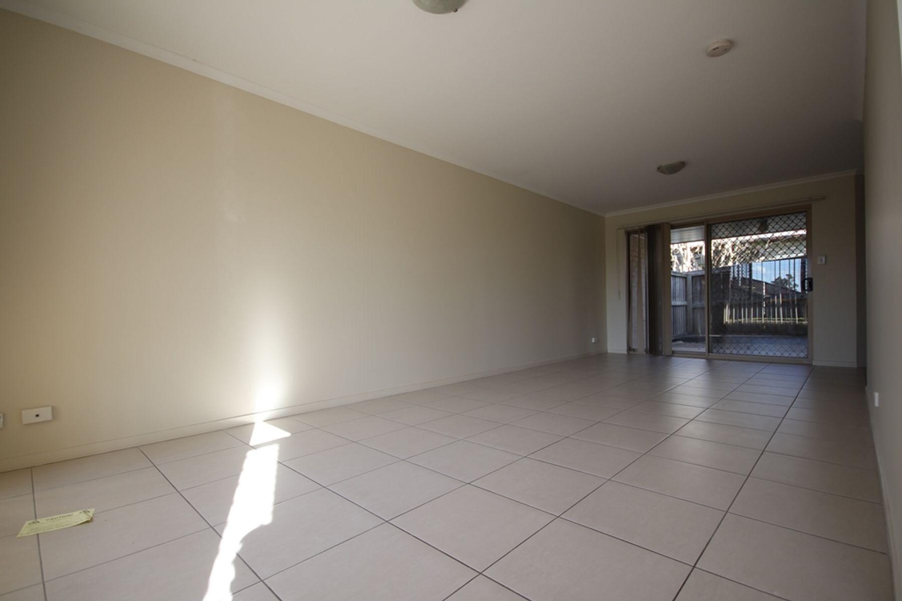 3/25 Law Street, Redbank, QLD 4301