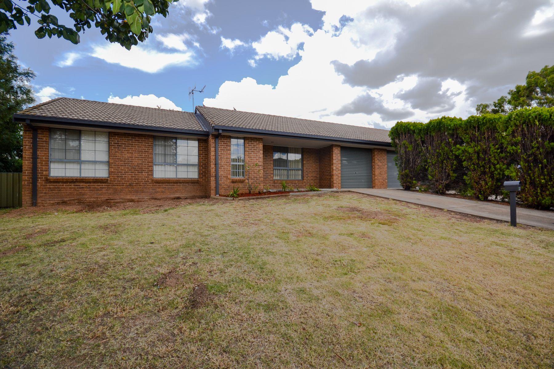 2/2 Lowana Close, Mudgee, NSW 2850
