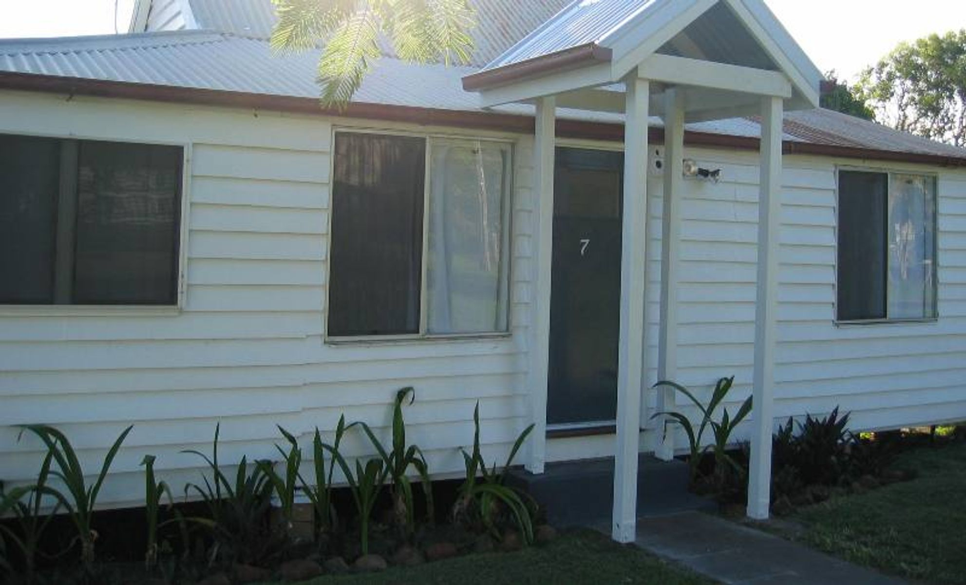 7 Rule Street, Elliott Heads, QLD 4670