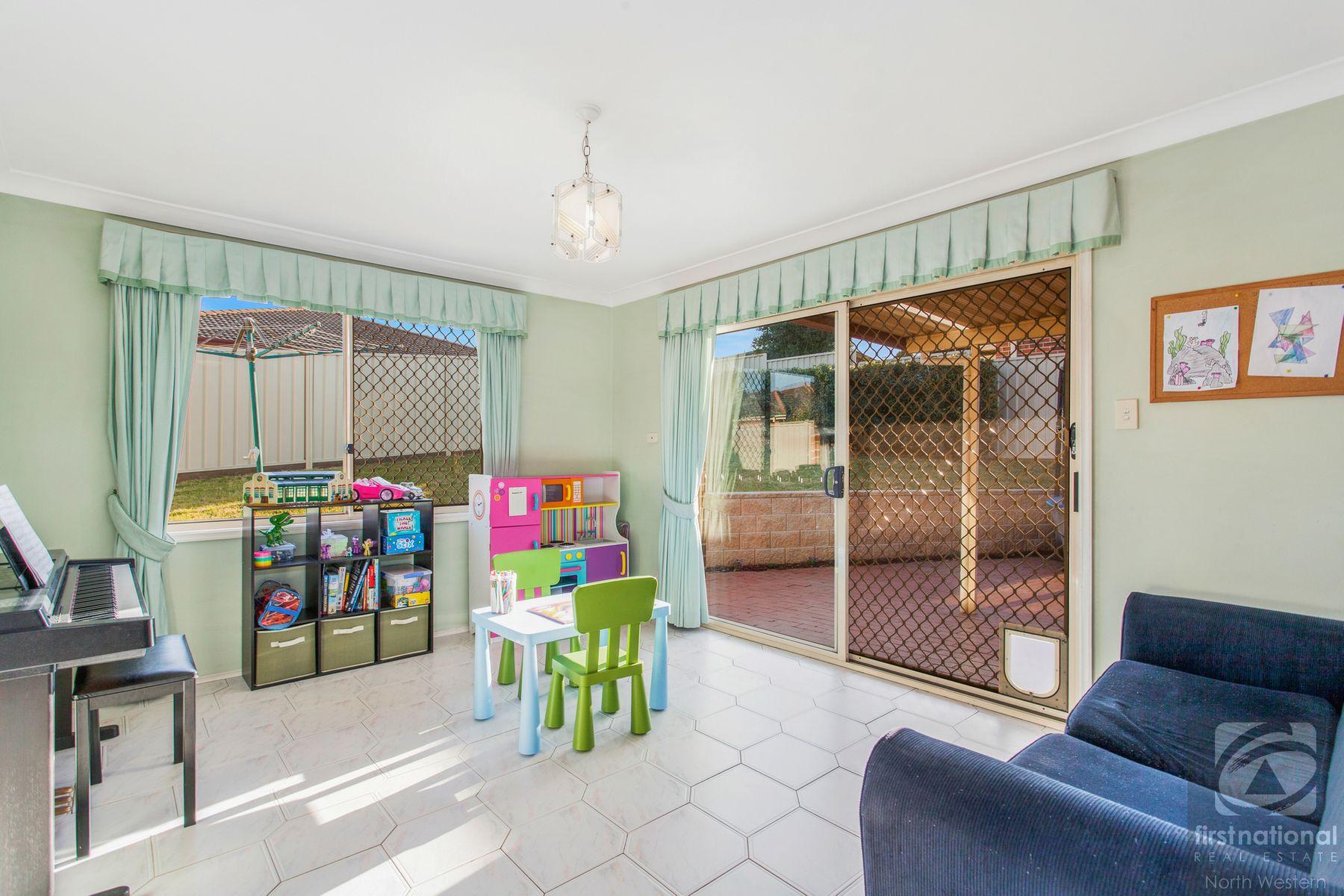 72 Barnier Drive, Quakers Hill, NSW 2763