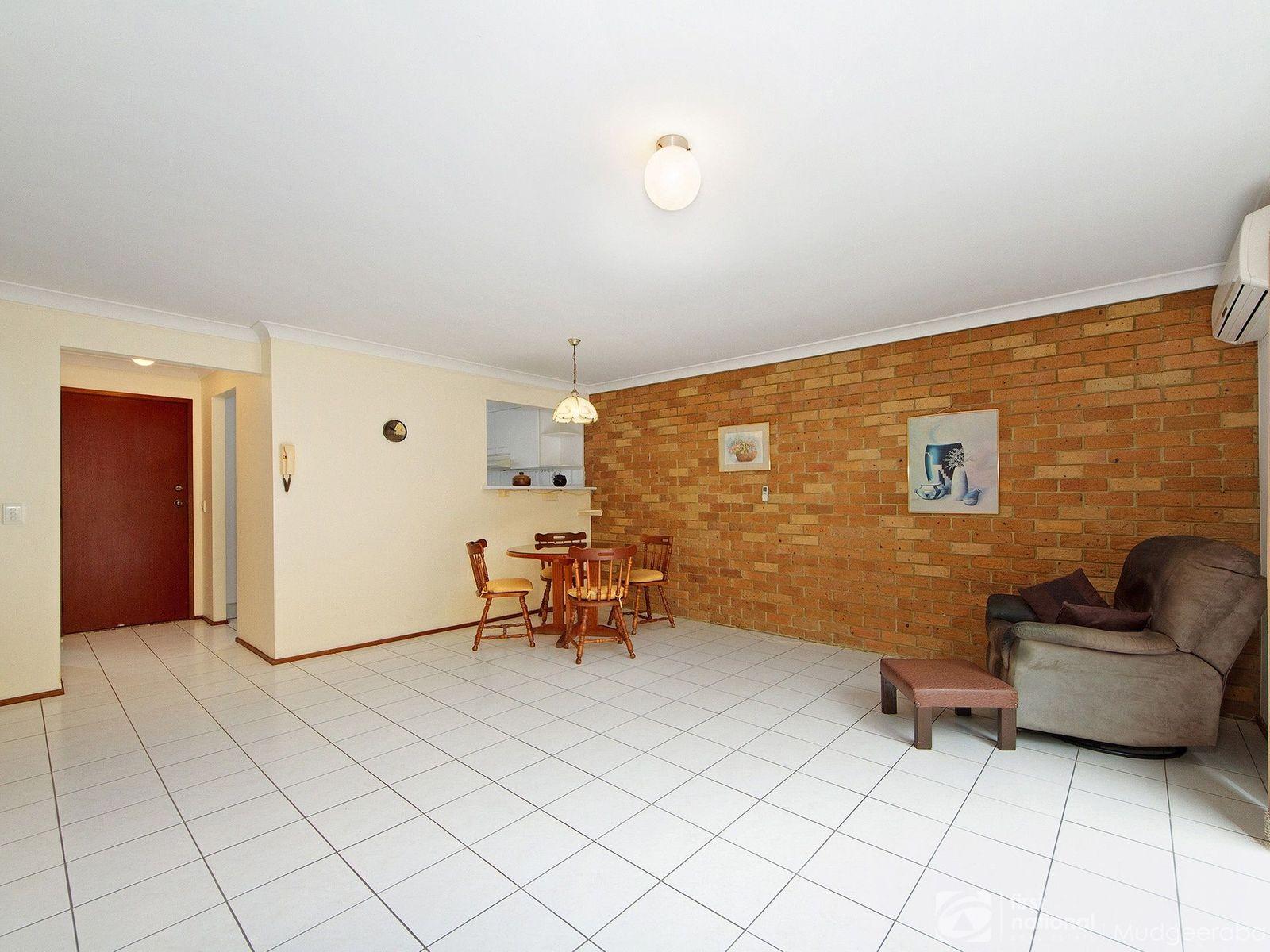 2/29 Julia Street, Burleigh Heads, QLD 4220