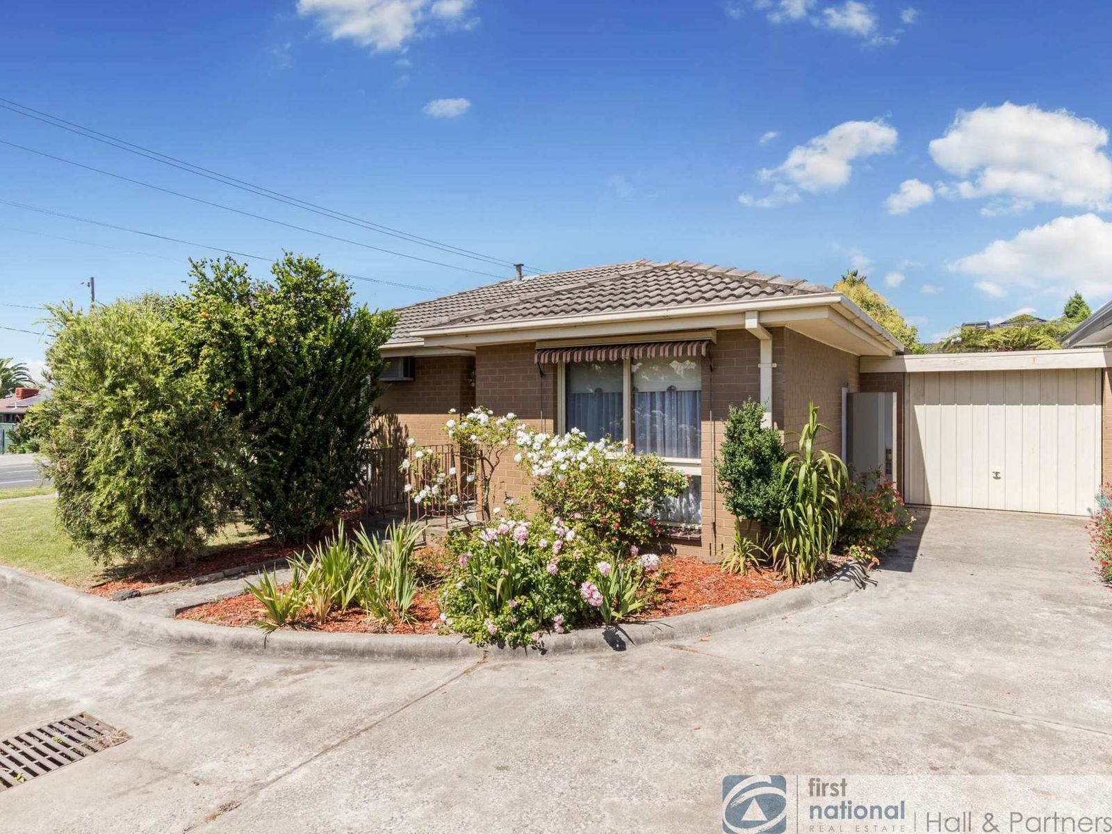 1/218 Gladstone Road, Dandenong North, VIC 3175