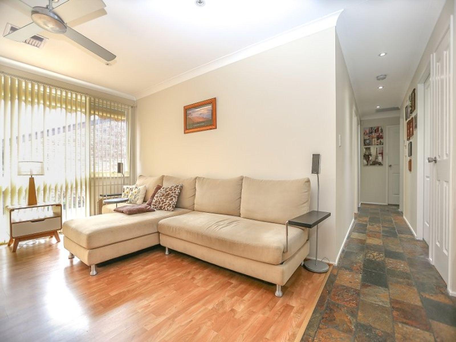 4/40-42 Gordon Avenue, Ingleburn, NSW 2565