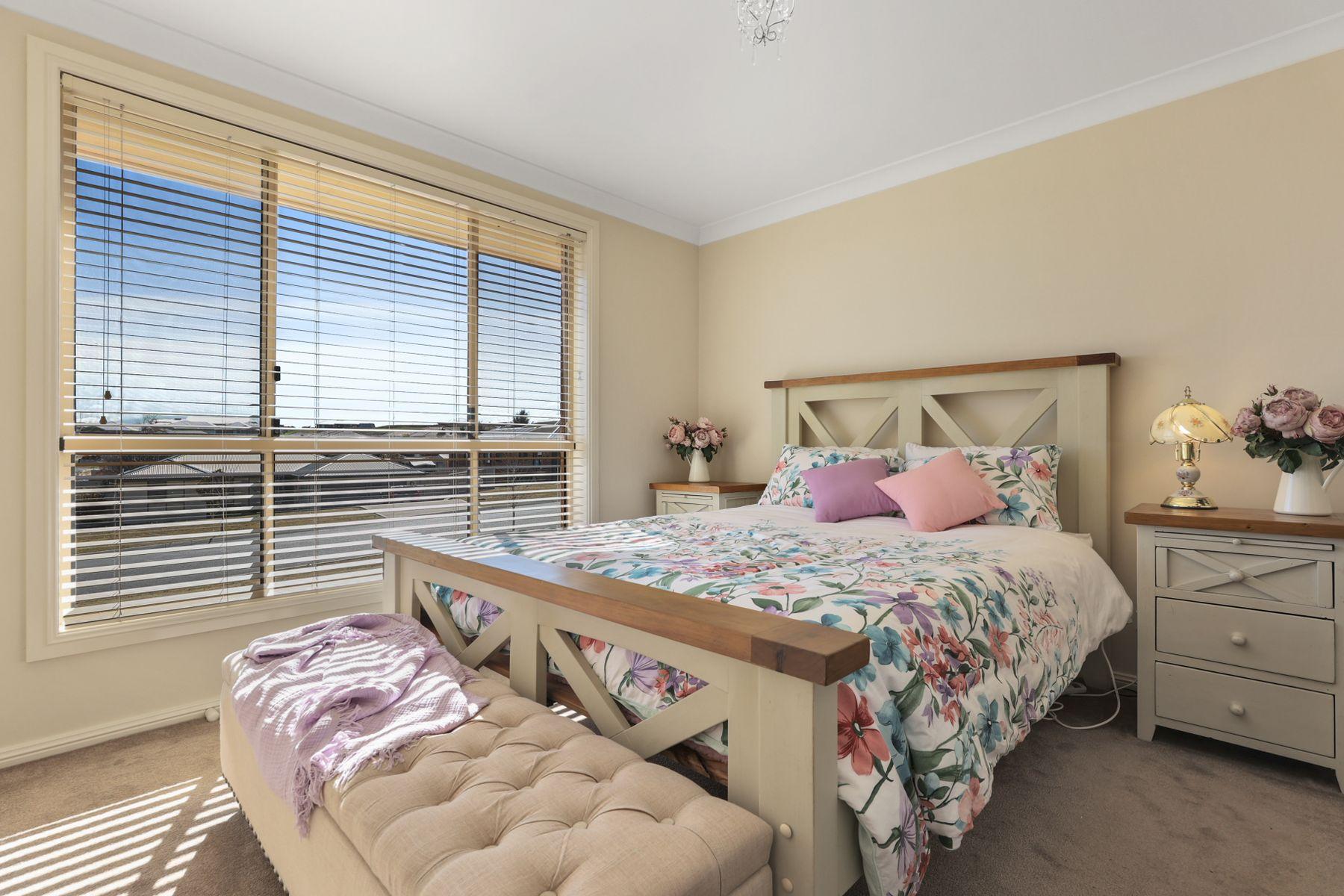 6 Coolabah Close, Kelso, NSW 2795