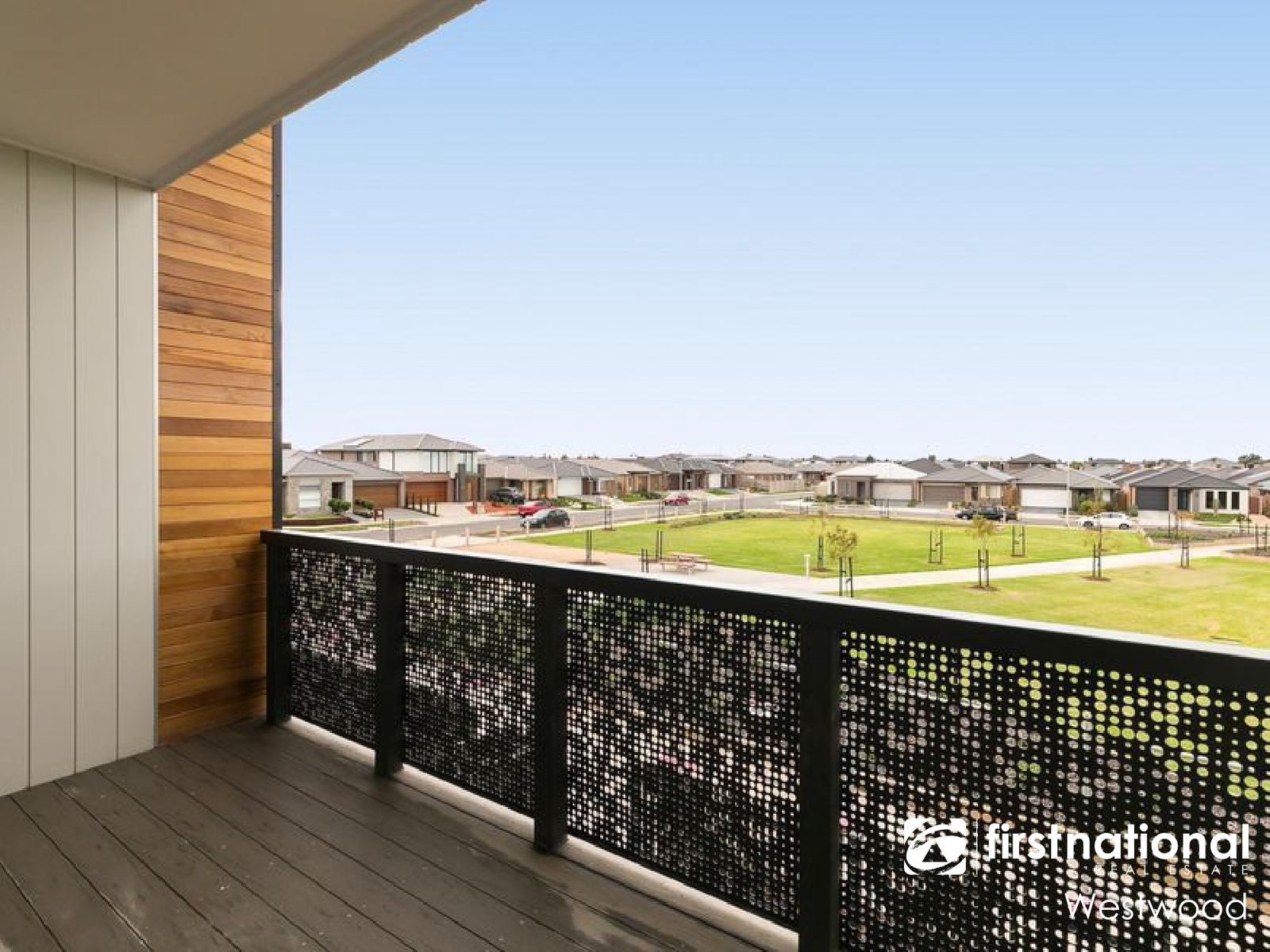 4 Helmsman Walk, Point Cook, VIC 3030