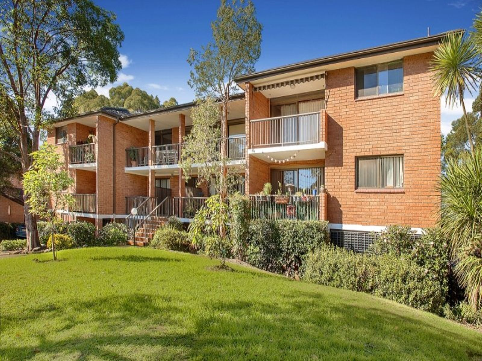 41/17-19 Busaco Road, Marsfield, NSW 2122
