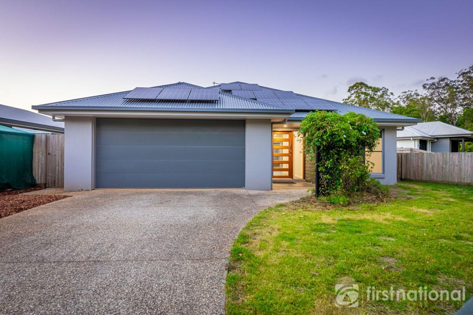26 Palmerston Crescent, Beerwah, QLD 4519