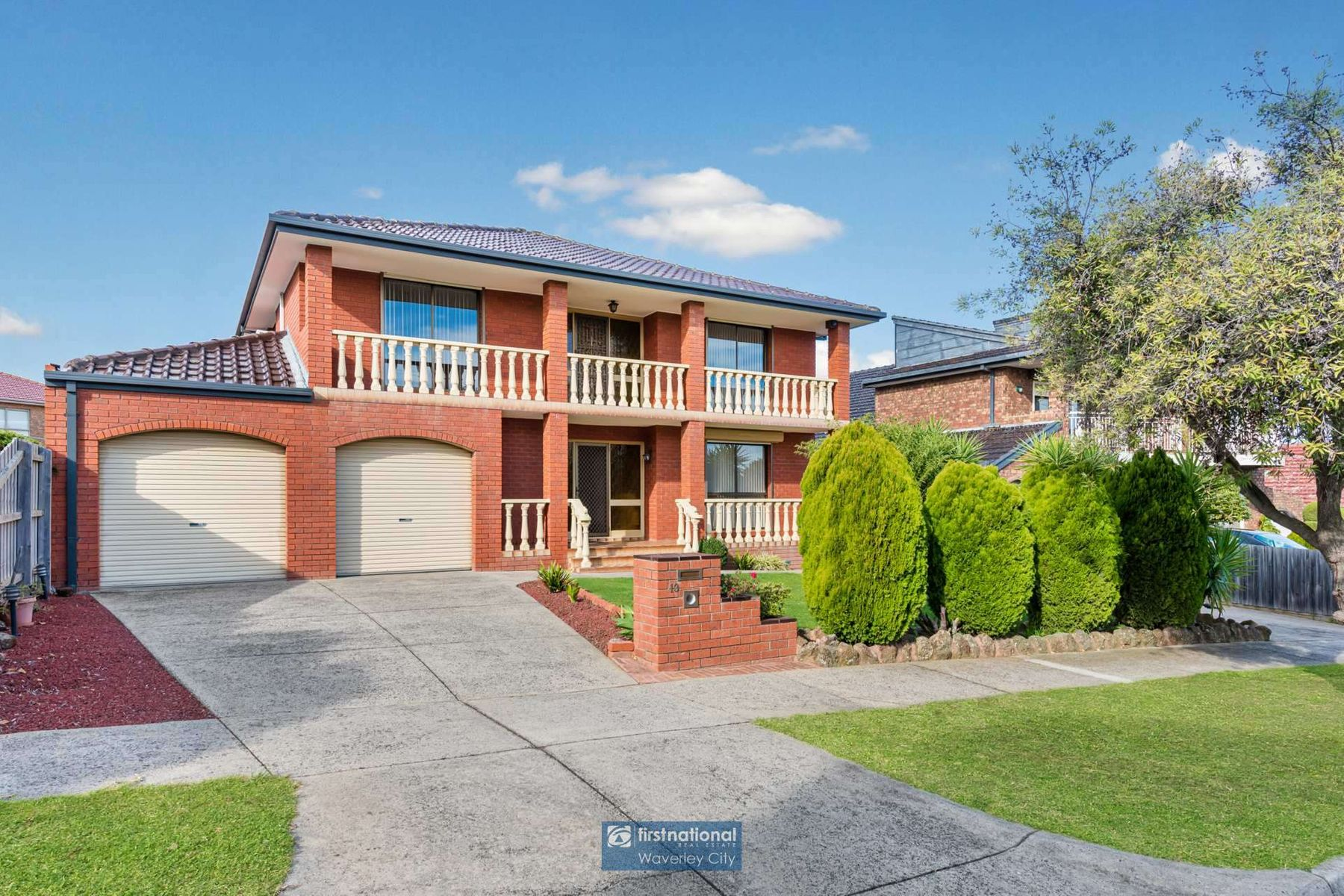13 Le Grand Court, Wheelers Hill, VIC 3150