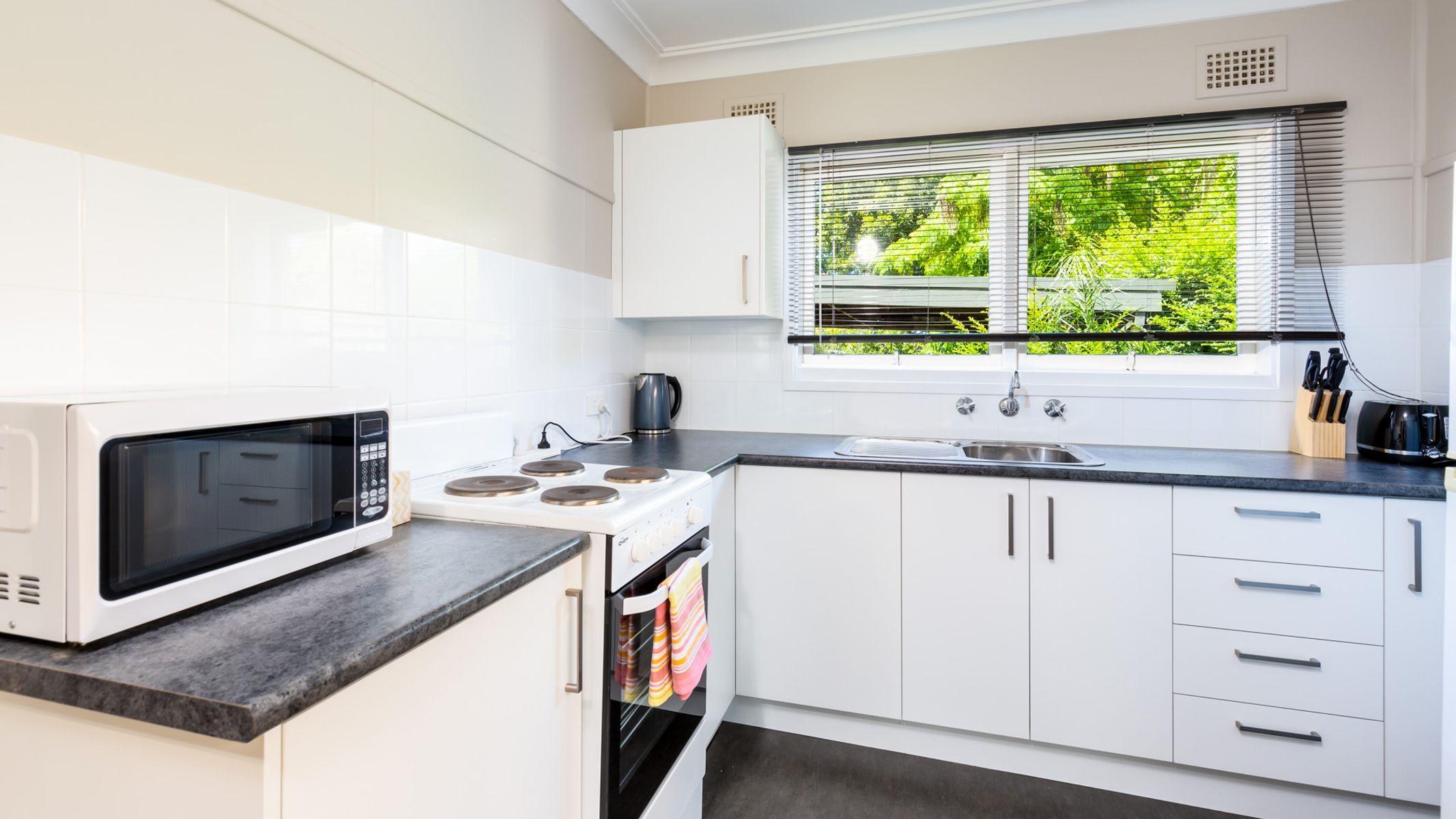 2/90 Bayview Street, Warners Bay, NSW 2282
