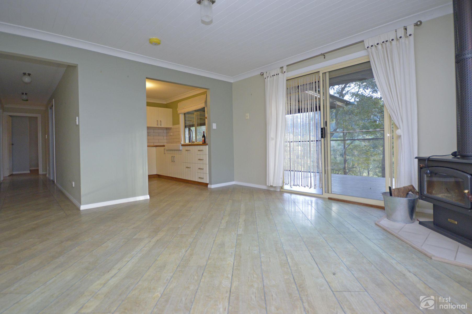 124 Kriedeman Road, Wongawallan, QLD 4210