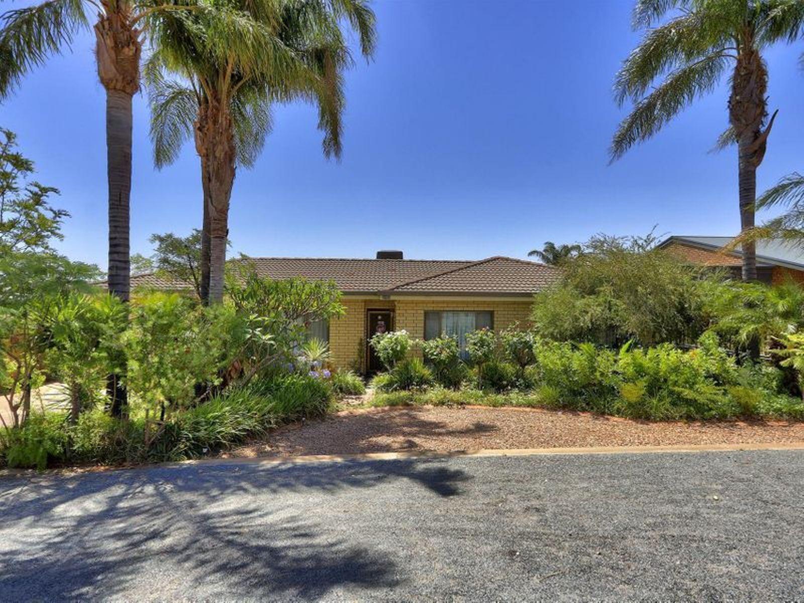 624 Cummins Street, Broken Hill, NSW 2880