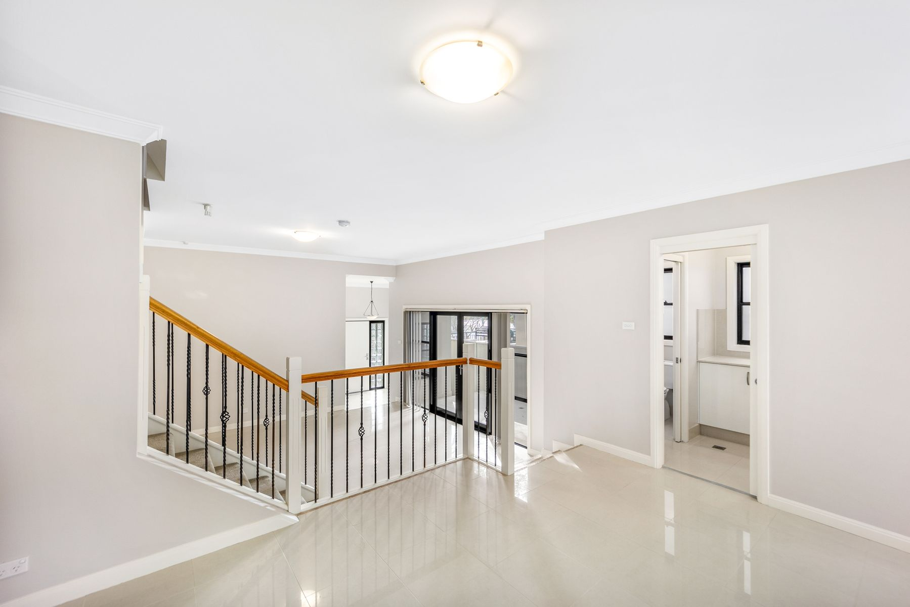 855B Henry Lawson Drive, Picnic Point, NSW 2213