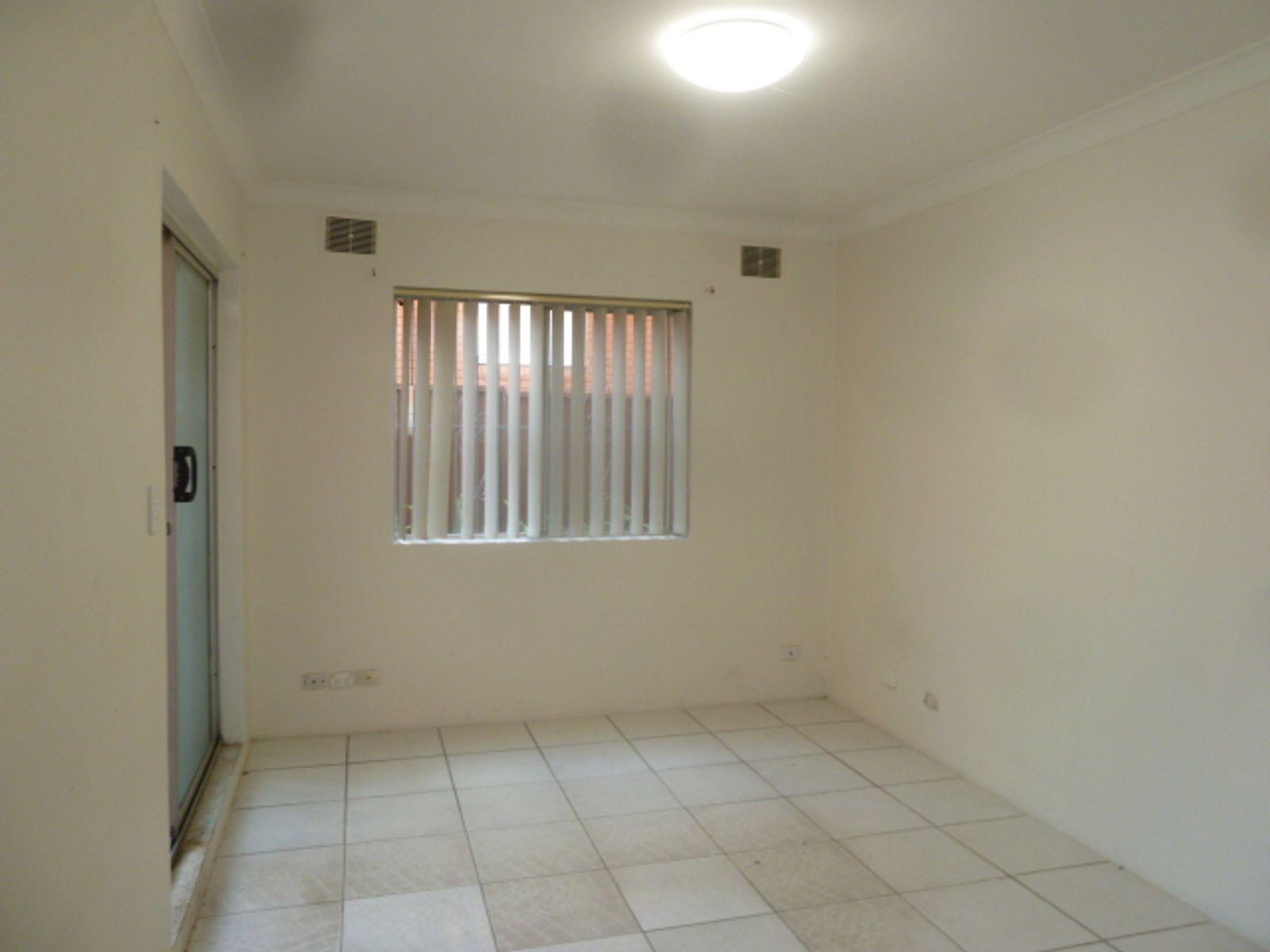 1/5 Fairmount Street, Lakemba, NSW 2195