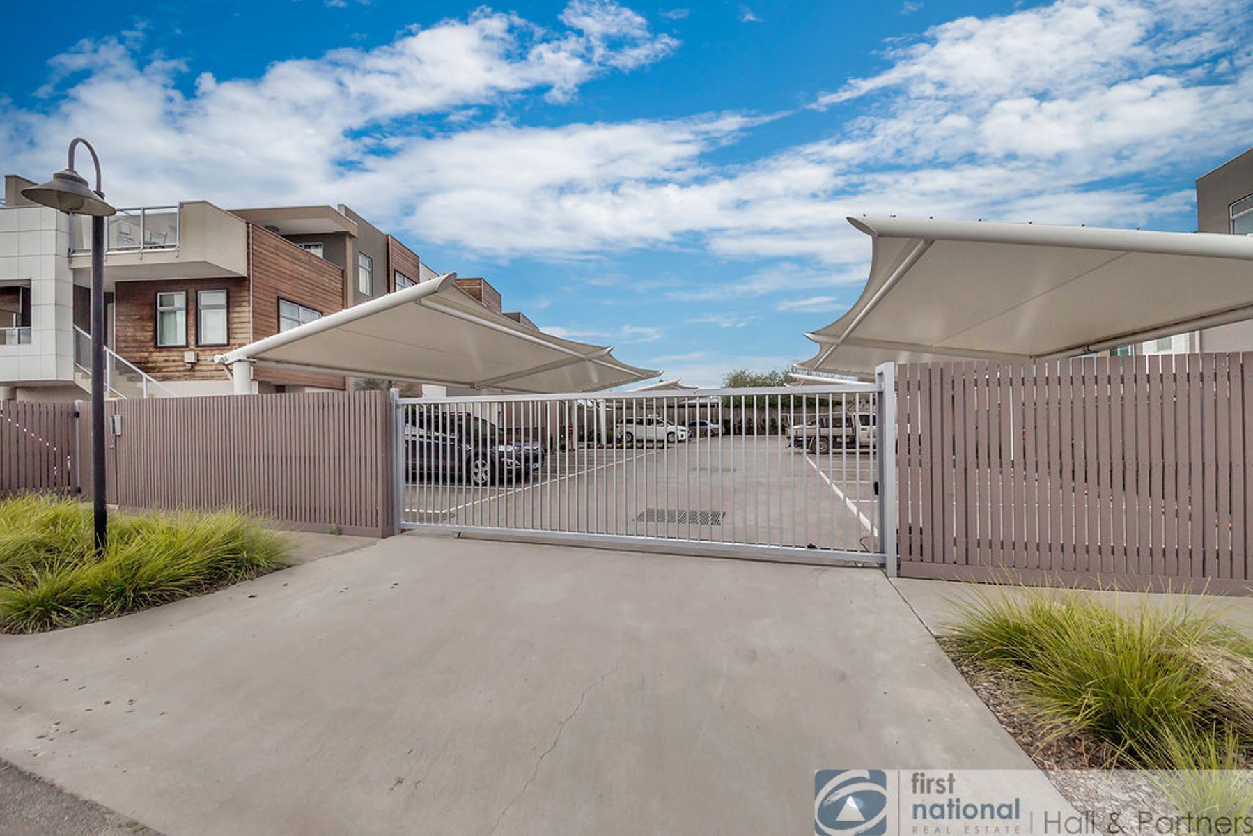 9/302 Golf Links Road, Narre Warren, VIC 3805