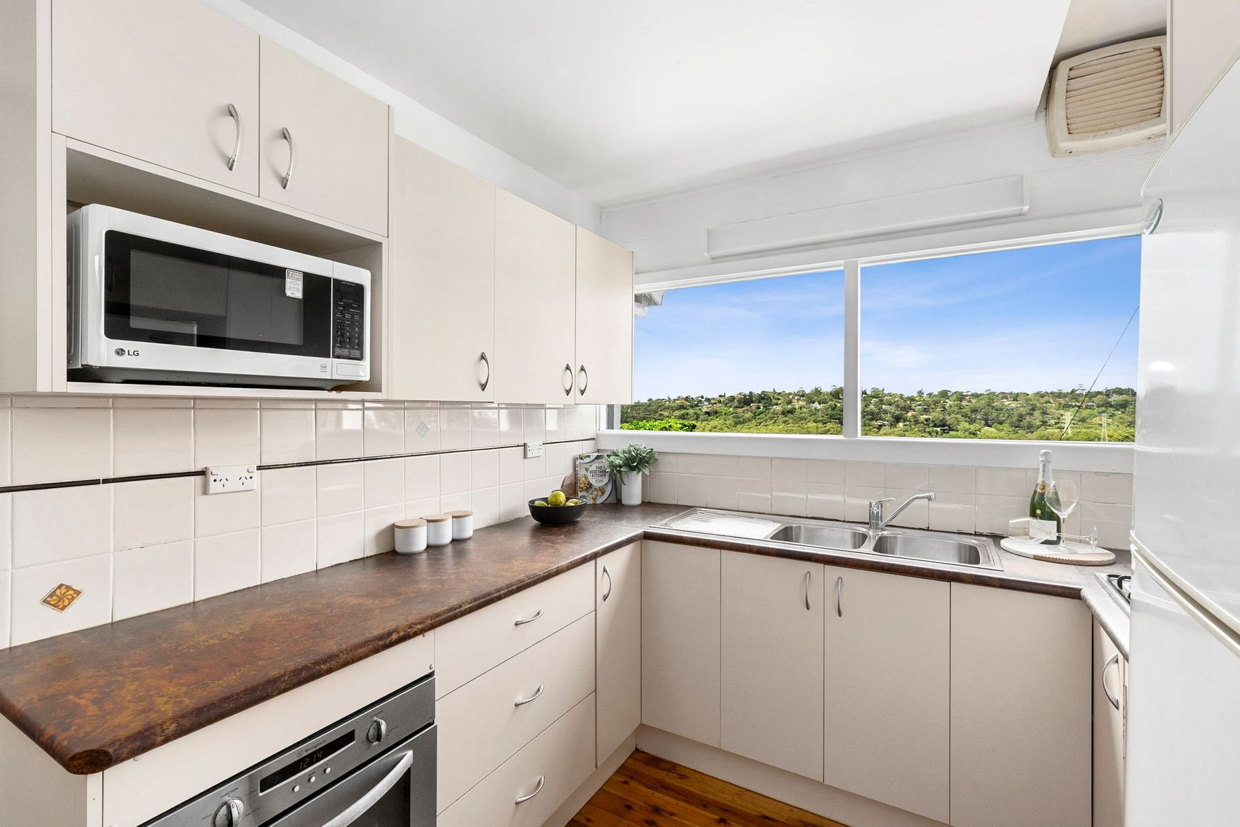 98 The Esplanade, Frenchs Forest, NSW 2086