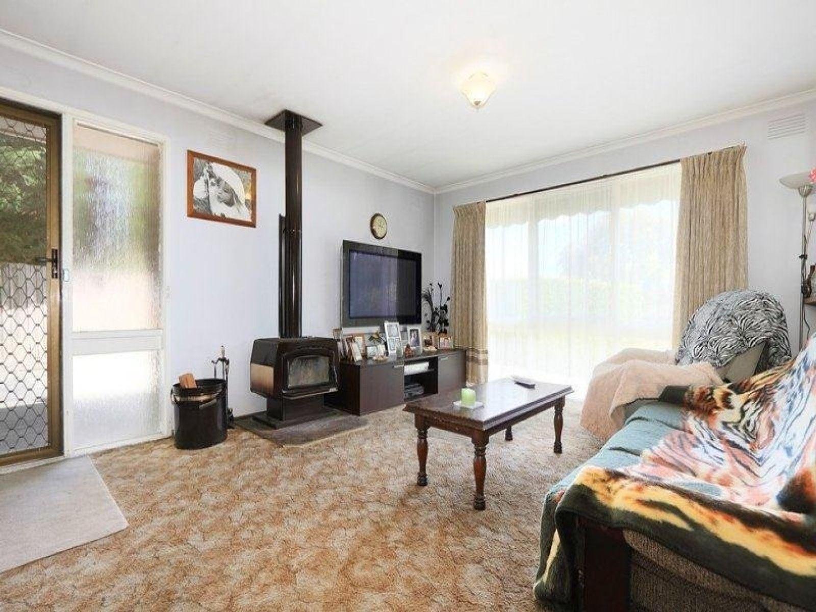 44 Crossdale Rise, Endeavour Hills, VIC 3802